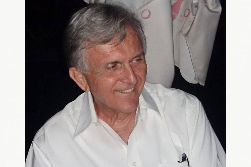 Nikolaos Caravasos passes away